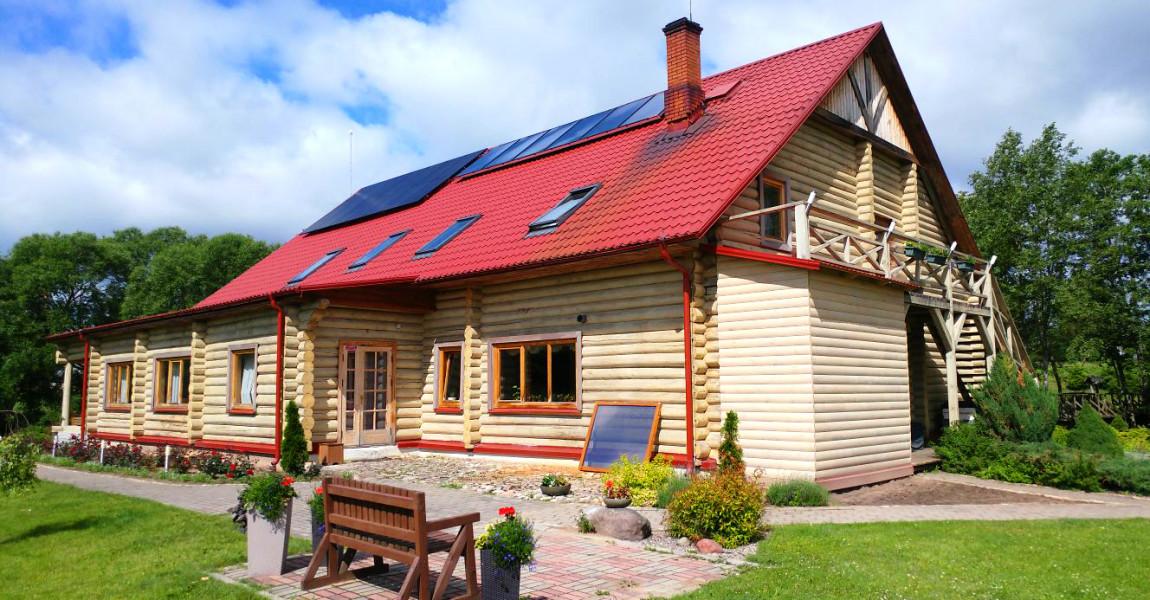 Saules enerģijas sistēmas viesu namā pie Rēzeknes